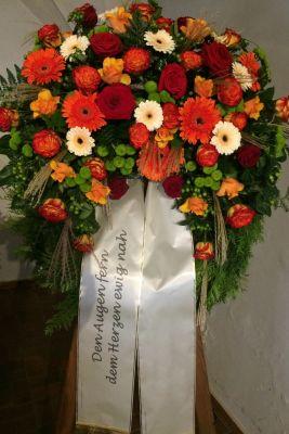 Claudias-Blumenzauber-Trauerfloristik-Trauerkraenze-Florist-Tirol23