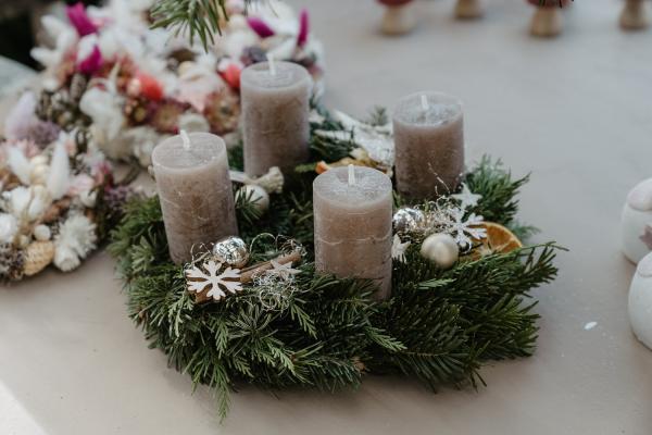 Claudias-Blumenzauber-Vomp-Advent-Weihnachten-Adventkranz32-1