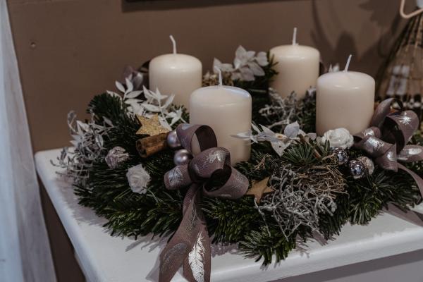 Claudias-Blumenzauber-Vomp-Advent-Weihnachten-Adventkranz61-1
